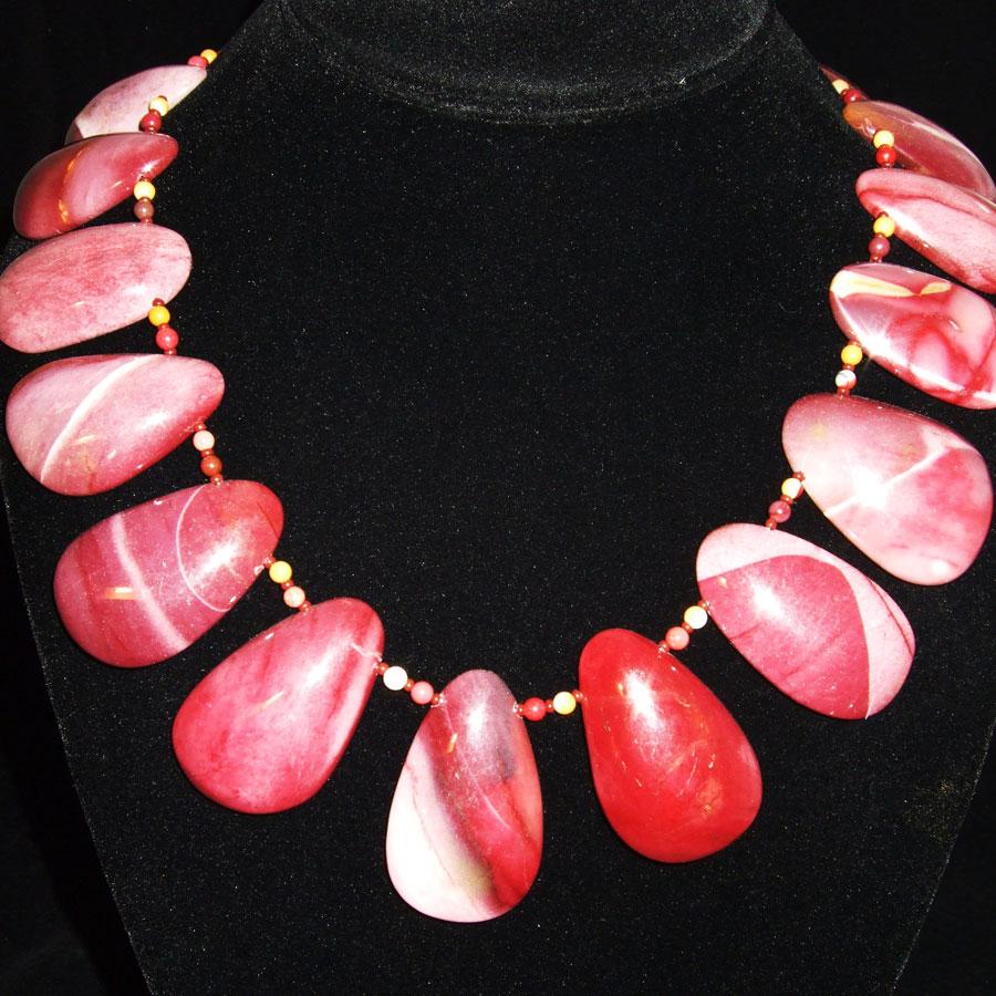 Mookaite Jasper Cabochon Beaded Necklace