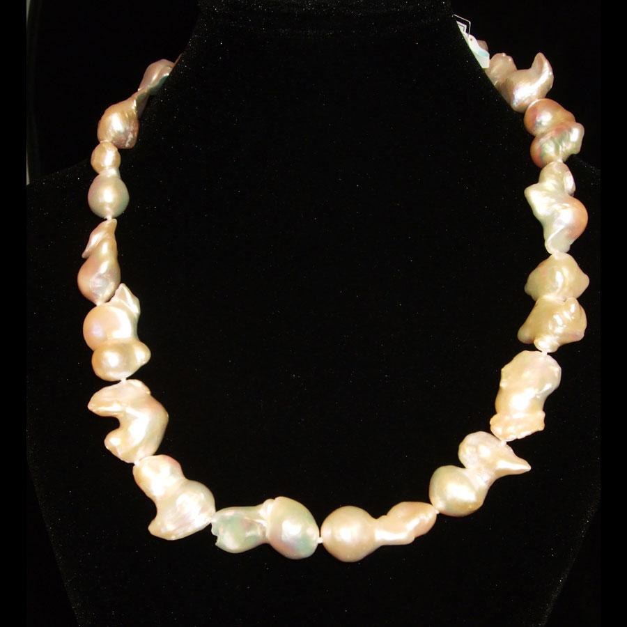 Barroque Pearl Necklace